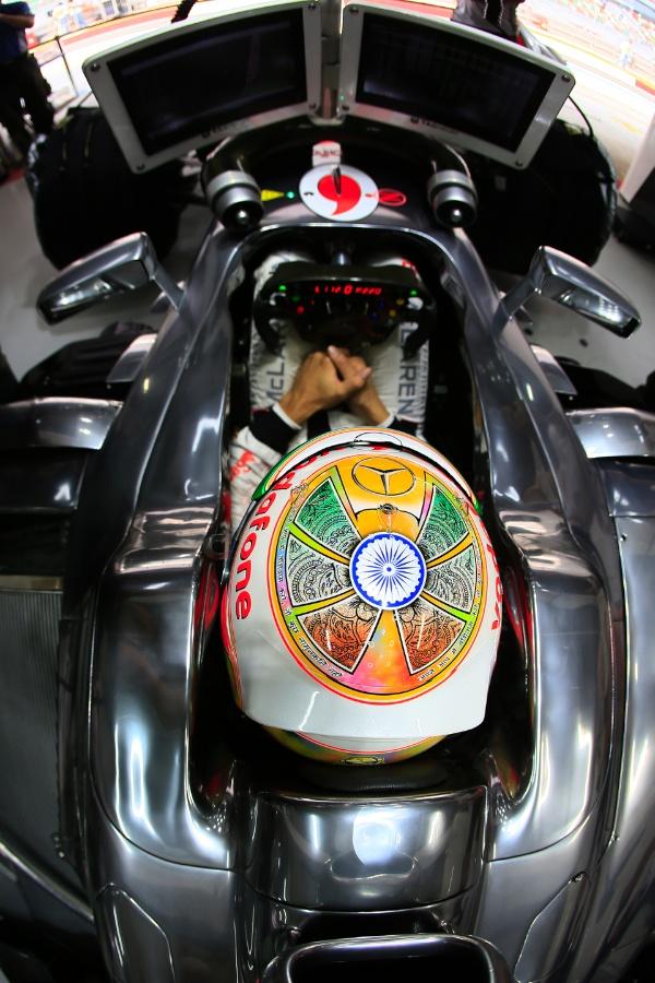 Lewis Hamilton, Friday Practice, India