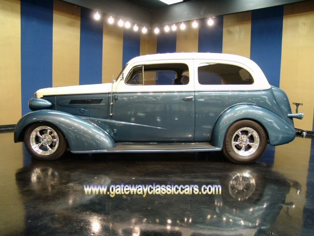 Old car city usa classic cars for sale cars 1930 1949 for Vintage motor cars for sale