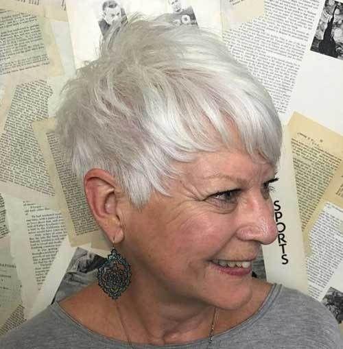 Frisuren fur altere frauen mit dunnem haar
