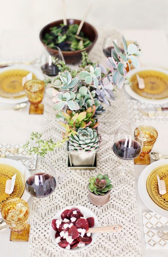 casual dinner party with cream gold tablescape entertaining rh pinterest com