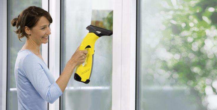 Ποιος θα καθαρίσει τα τζάμια; Με τζαμοκαθαριστές Karcher θα το κάνω εγώ! www.karcher.gr/gr/Products/Home__Garden/tzamokatharist.htm