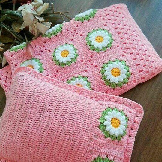 #örgü#örgüfikirleri#elişi#tığişi#motif #alıntı#sizinsunumlariniz#crochet#ip #elemeği#göznuru#kırlent#pillow#l4l hand_craftd#bhooked#anneelinden #örgüdairherşey#sevimliörgüler#yarn#knitpro#needforknitting#etsylover #bebekbattaniyesi#beautiful