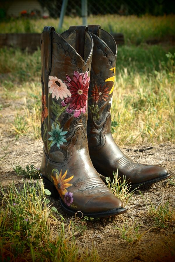 Custom hand painted boots By Hopscotch Dandelions