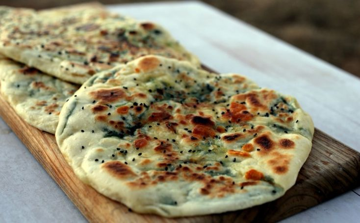 Garlic, cheese and spinach naan
