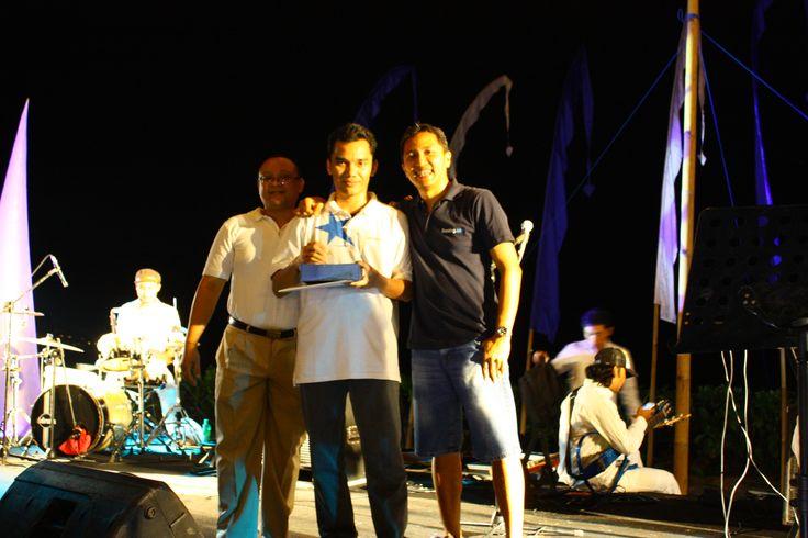 Booking.com (@Booking .com) award presentation at Bali Intercontinental Resort Jimbaran (July 19, 2013). @MELIÃ BALI won the no. 1 top production in terms of revenue in the area of Nusa Dua and Tanjung Benoa, Bali.