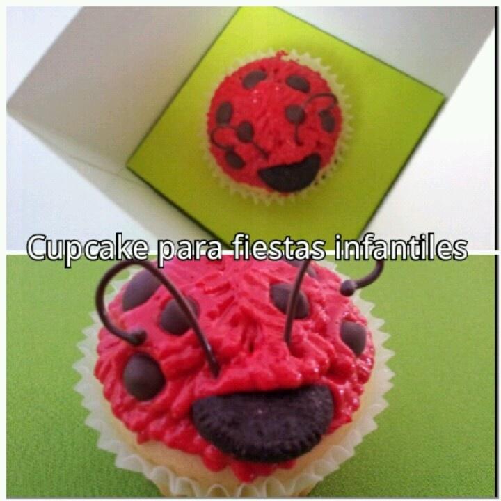 Cupcake decorado para fiestas infantiles