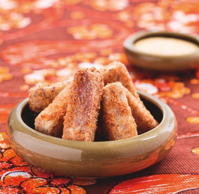 Taro chips with mango sauce – Fit Food by Michael Van De Elzen – October/November 2013 issue 123