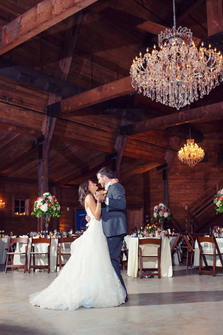 Rustic Red Barn Wedding Venues DFW | The Milestone Barn