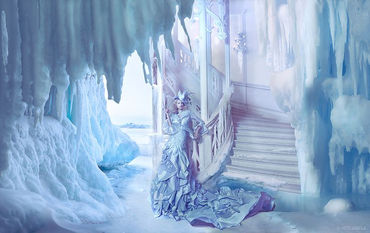 MISS ANIELA -  Surreal Fashion