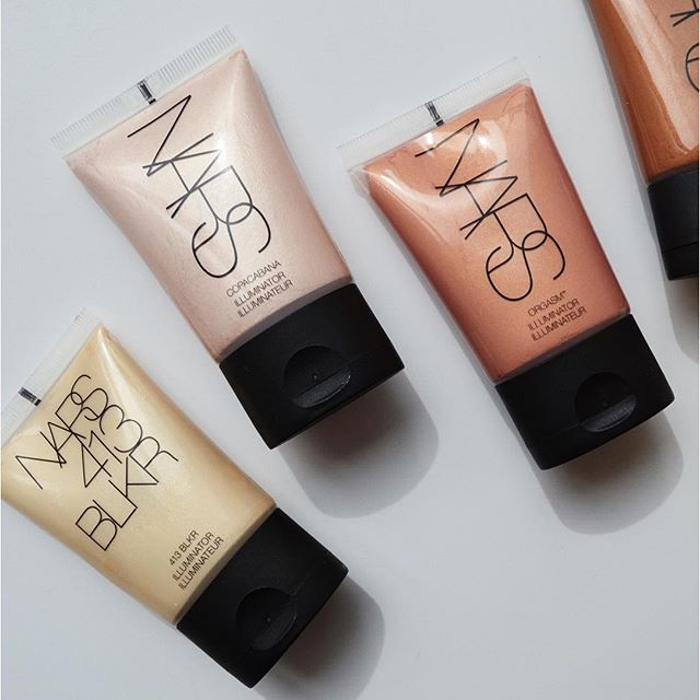 NARS - one of our favorite makeup brands! Get your glow ready for summer with NARS Illuminator.