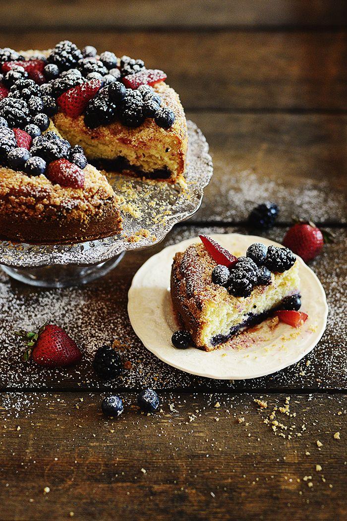 Berry Crumble Cake Recipe