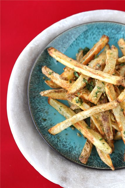 Baked French Fries with Indian Spices | cookincanuck.com #SuperBowl #recipe