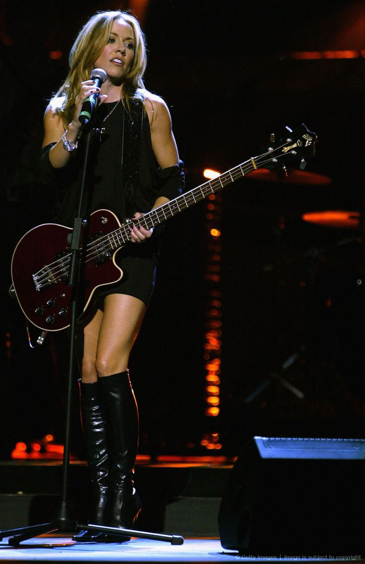 Sheryl Crow was ranked #85 on VH1's 100 Sexiest Artists list - Way too low as far as I am concerned