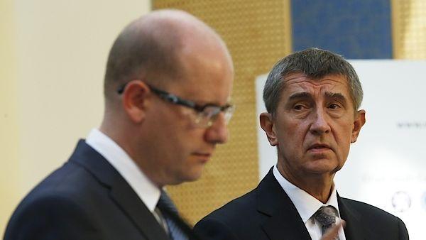 Předseda vlády Bohuslav Sobotka (ČSSD) a ministr financí Andrej Babiš (ANO)