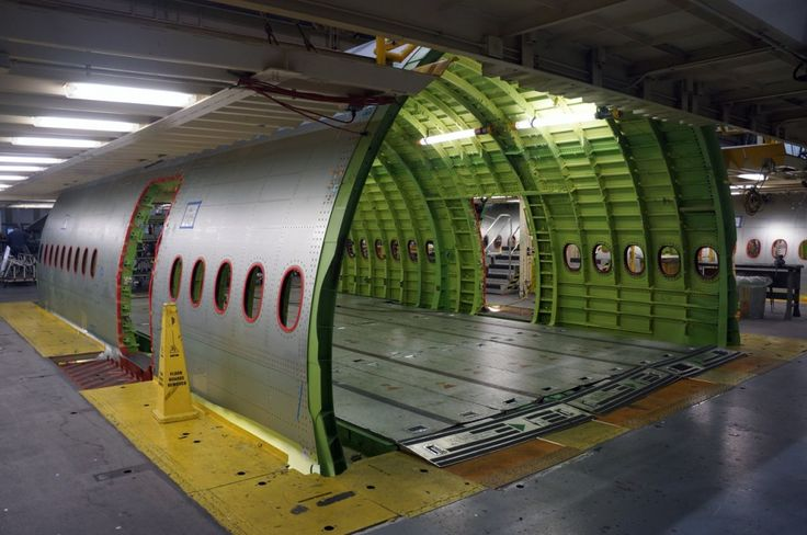 Everett Boeing 777 factory - fuselage section