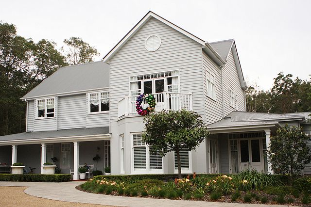 home of sharnel dollar , in queensland , love this house .