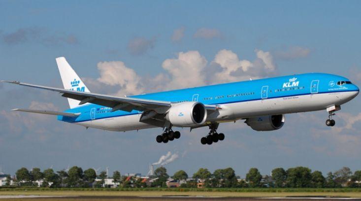 KLM Boeing 777-300ER Free Airplane Paper Model Download - http://www.papercraftsquare.com/klm-boeing-777-300er-free-airplane-paper-model-download.html#1150, #AirplanePaperModel, #Boeing, #Boeing777, #Boeing777300, #Boeing777300ER