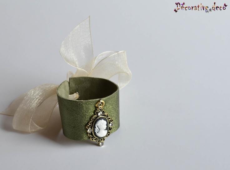 Bracelet - Cameo