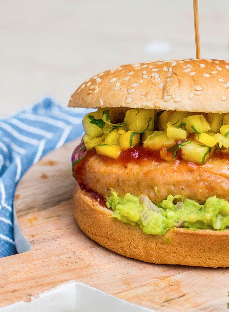 Exotische burger met ananas-mango-salsa www.simplyyoubox.be/nl/20172205?utm_campaign=trv-w28-trf-simply%20you%20box&utm_medium=social&utm_source=pinterest-nl&utm_content=board%20gevogelte&utm_term=image