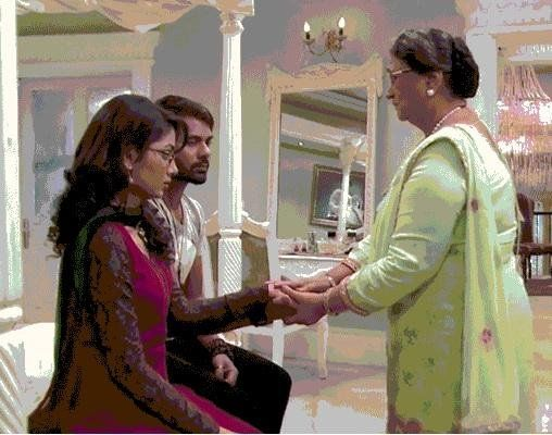 The reality of Pragya's pregnancy in Kumkum Bhagya is revealed. Aaliya bribes the doctor to tell that Pragya is pregnant in Zee TV Kumkum Bhagya. Well the true reality of Pragya's pregnancy is behind the curtain.