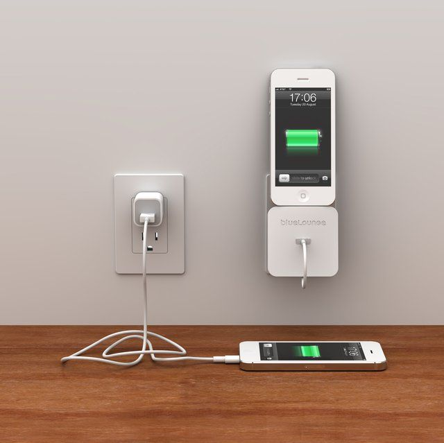 Rolio iPhone Charger With Wall Dock – $10