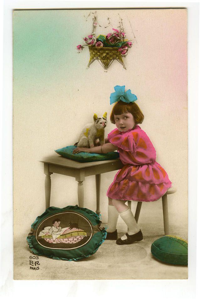 1920s французский деко милые дети ребенок девочка с игрушка кот тонированные виртуал открытка | eBay