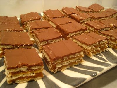 "Crunchers Club Cracker Bars - I pinned and made ""one of the most popular pins on Pinterest."" Results = YUMMY!!!!!"