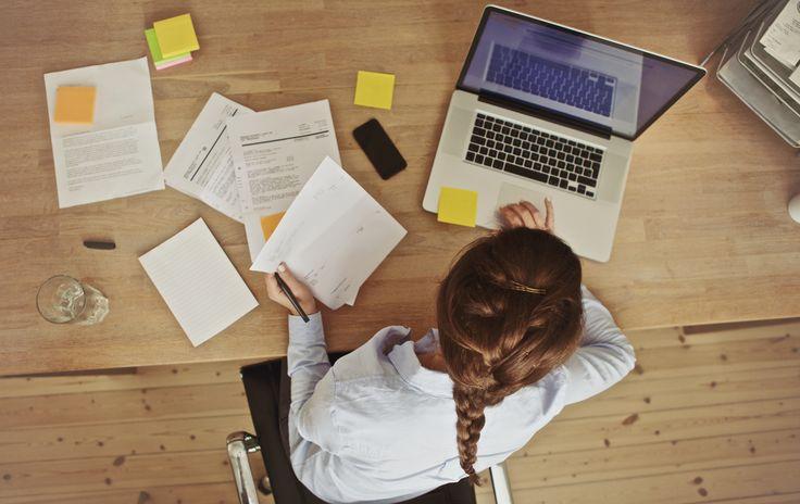 Prowadzenie firmy stanie się prostsze, gdy przekażesz księgi profesjonalistom http://biuro-rachunkowo-podatkowe.pl/