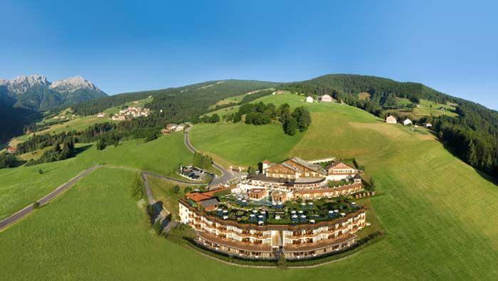 Alpin Panorama Hotel Hubertus, Olang / Valdaora in Bolzano, Trentino - Alto Adige http://www.wanderhotels.com/italien/suedtirol/item/777-alpin-panorama-hotel-hubertus
