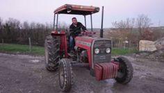 """VIDÉO. """"Je travaille 10 heures par jour pour 300 euros par mois"""" Bref, je suis agriculteur"""