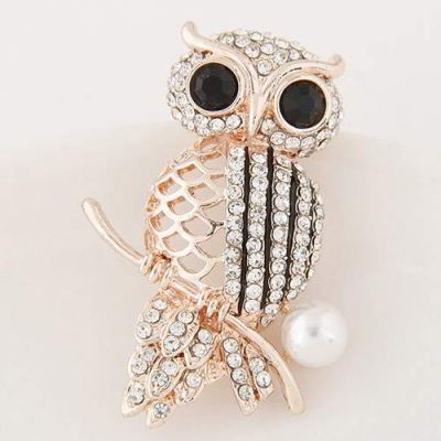 Round Diamond Owl  Gold Color,Fashionable with passion. REPIN if you agree.  Only 52 IDR