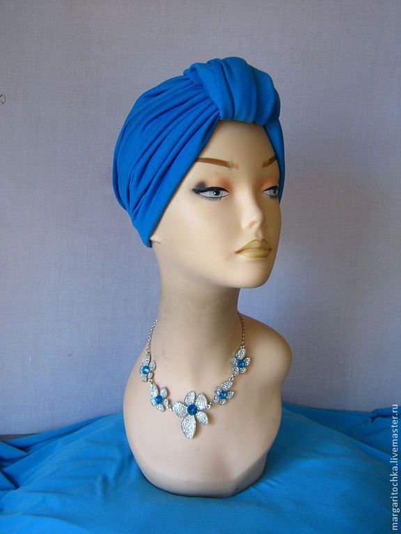 Купить или заказать 'Круиз' - 04 пляжный головной убор хиджаб в интернет-магазине на Ярмарке Мастеров. Необыкновенно красивый, удобный, стильный головной убор. Название говорит само за себя, он будет незаменим на отдыхе. Когда после пляжа нужно куда-то убрать мокрые волосы и все равно прекрасно выглядеть. Но безусловно и в городе он замечательно дополнит летний наряд и создаст настроение! Большой простор для фантазии при завязывании и моделировании на голове. Еще можно …