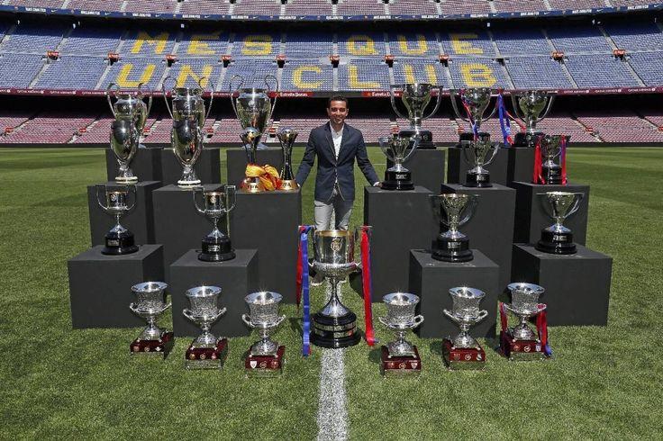 """""""Barcelona'nın efsane kaptanı 37. yaşını kutluyor. Doğum günün kutlu olsun Xavi"""" www.dinamobet12.com"""