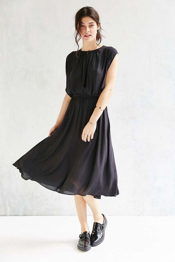 Silence + Noise Leighton Plunging Midi Dress