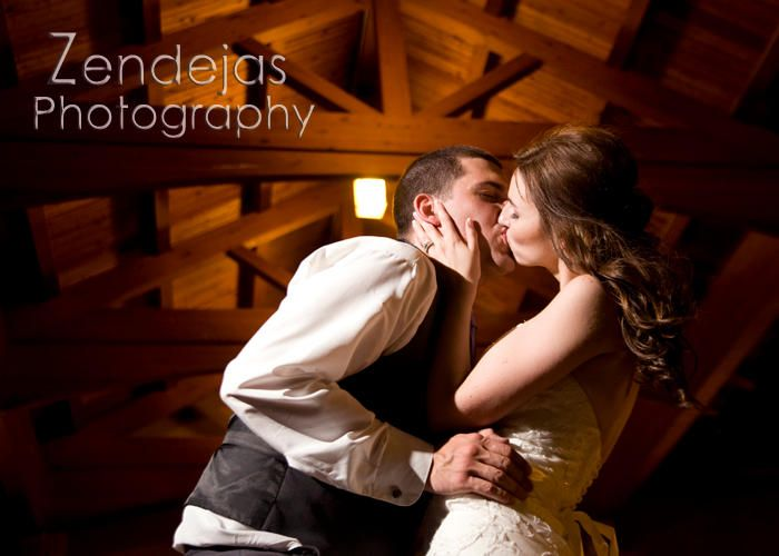 Zendejas Photography | WEDDINGS | romantic kisses