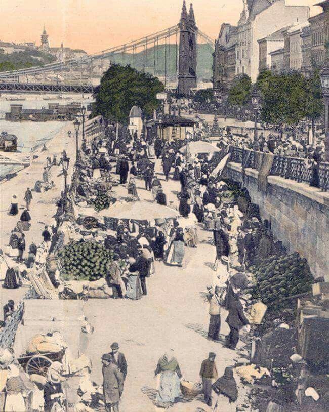 1900 körül. Piac a mai nevén Belgrád rakparton