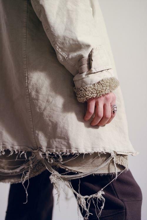 pale fashion