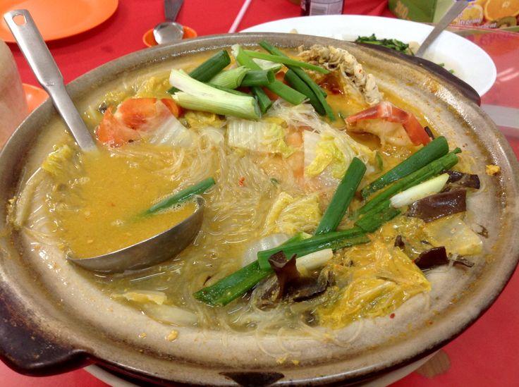 Crockpot catfish with transparent noodles @ Restoran Grand View @ Bukit Tinggi