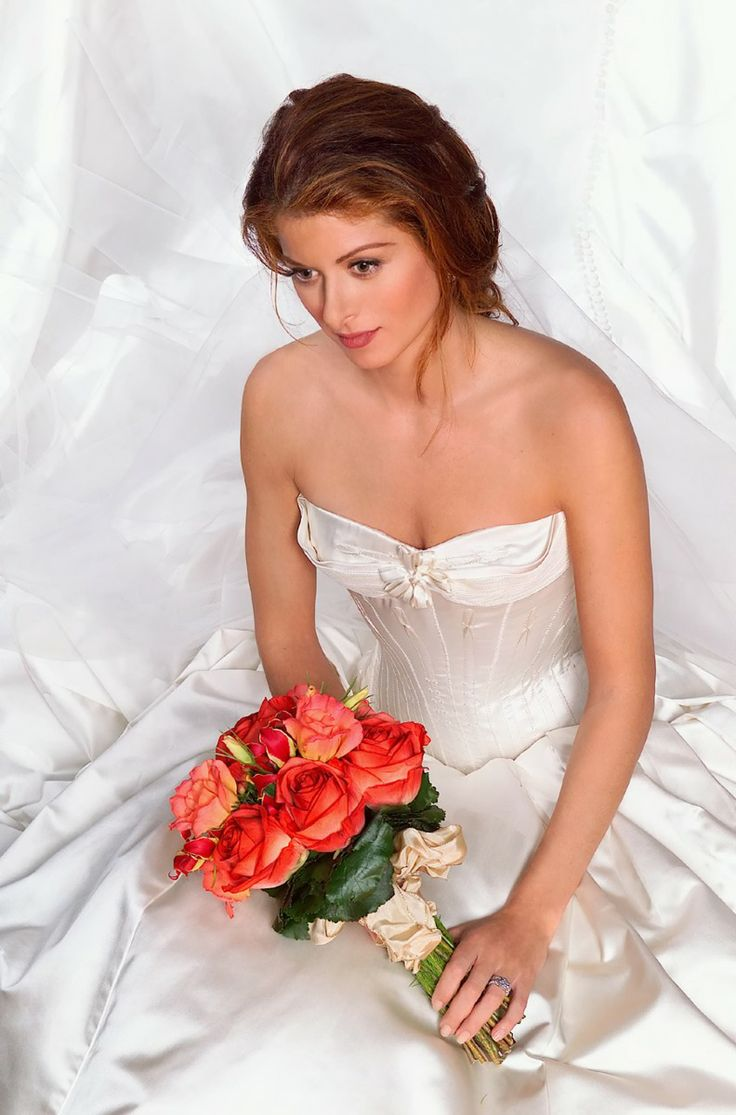 debra messing wedding date naked clip