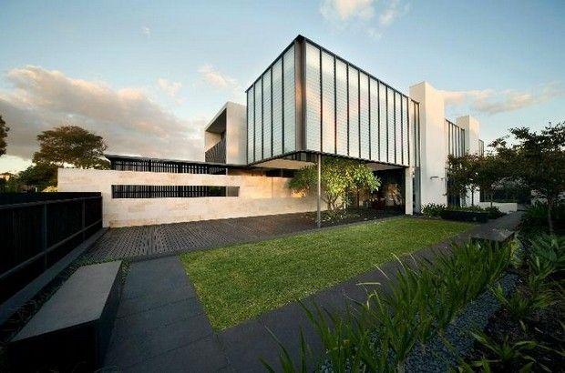 Australian Verandah House: Applecross Residence by JBA