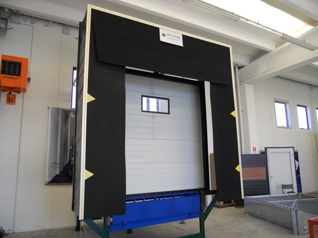 17 Best images about Punti di carico per la Logistica - Loading Points on Pinterest  Industrial ...