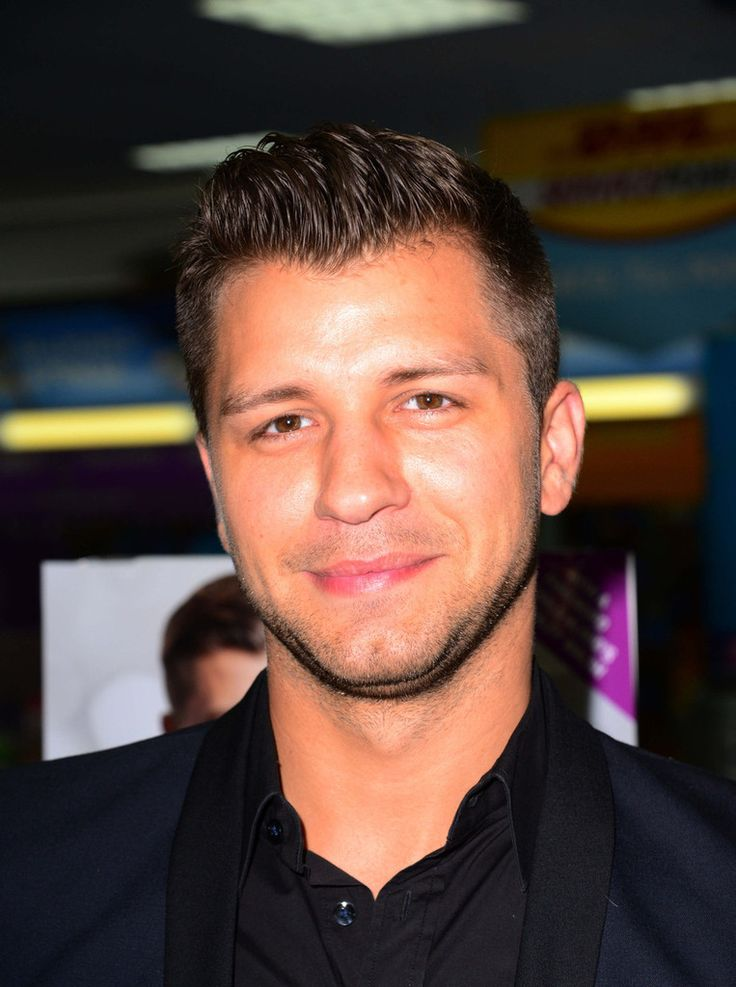 Pasha Kovalev Photos: Pasha Kovalev Signs Copies of His Book in London