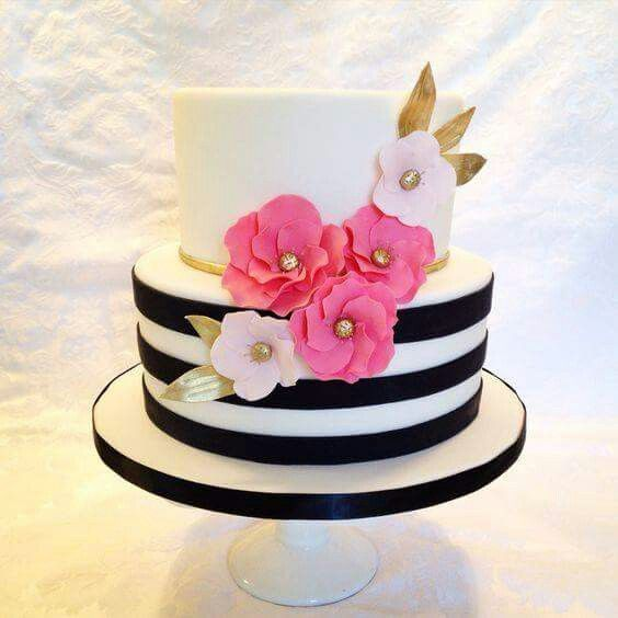 Shabic chic cake