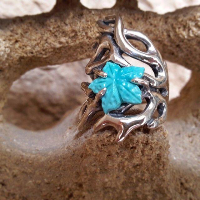 Ramo corallo e turchese Fino al 5 agosto da PietraSalata!  #gioielli #jewelry #design #napoli #pietrasalata #valeriopirolo #turchese