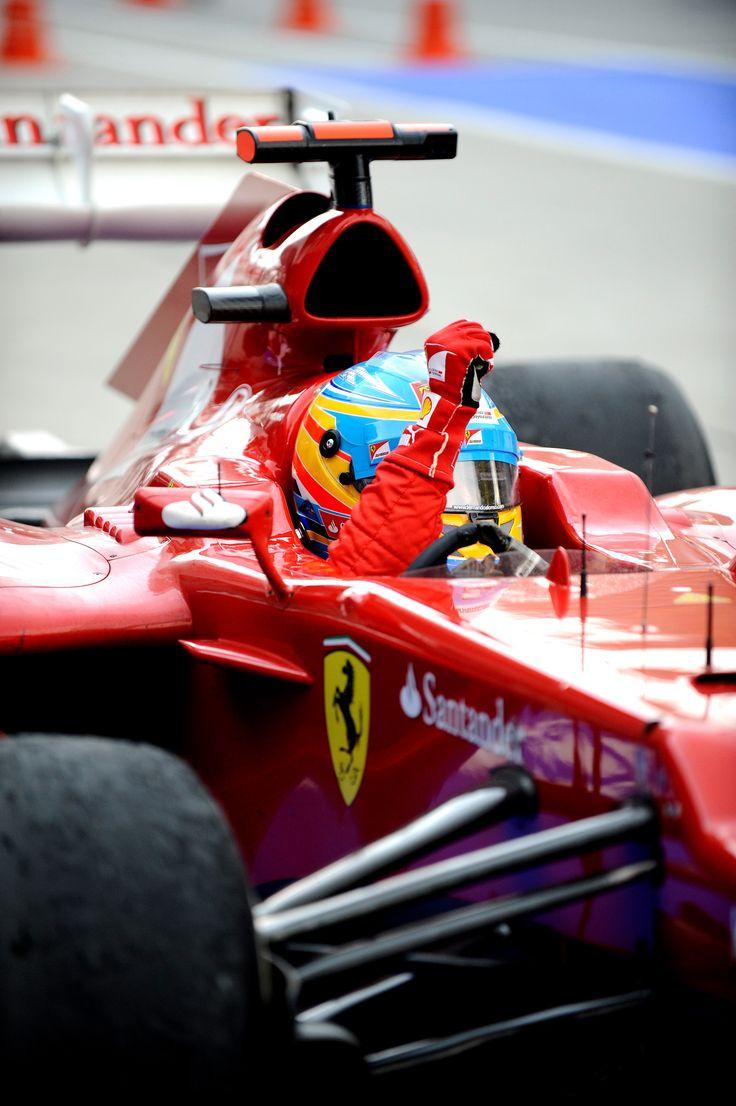 Fernando Alonso, en su coche