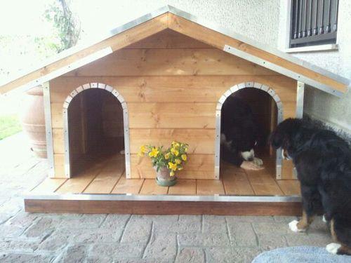 Cucce in legno su misura per cani di grande taglia