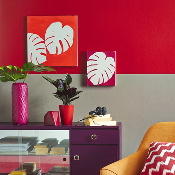Foliage plays a big part in art and interior trends at the moment. For a unique and easy artwork, simply wander around the garden, and cut a few interesting shaped leaves and use as stencils. Watch the DIY video.