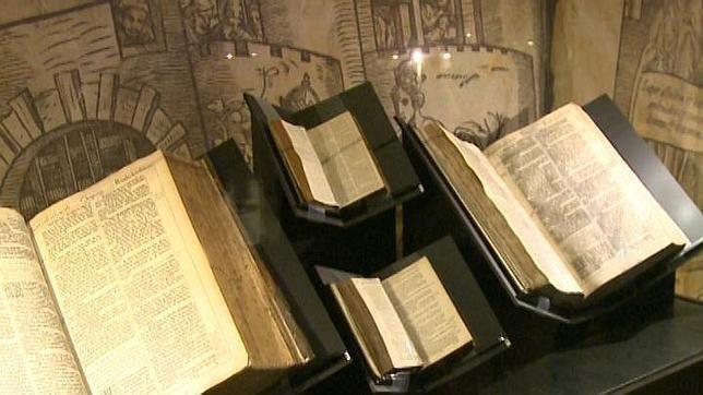 Jerusalén: Museo expone biblias más antiguas del mundo - Diario Judío: Diario de la Vida Judía en México y el Mundo