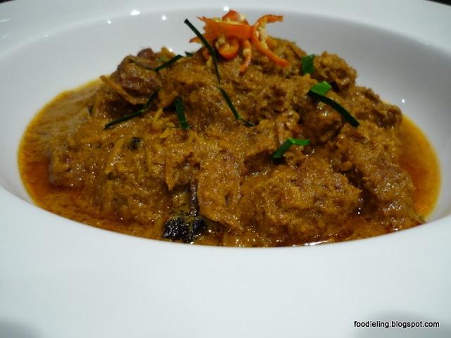 Malaysian Beef Rendang Recipe #beefrendang #rendang #beefrecipe #beef #recipe #foodpic #food #foodphotography #homecooked #homemade