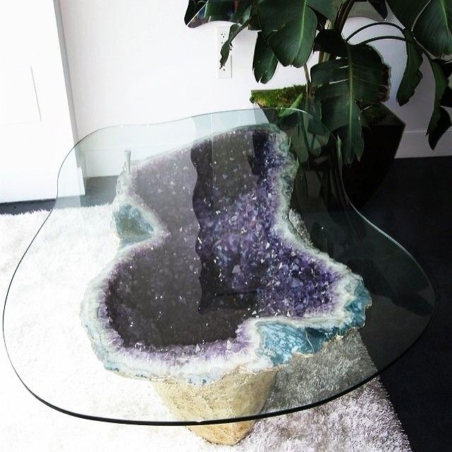Spiritual Glamour: How to use crystals and stones in your home (to attract more…